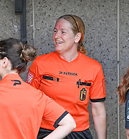 assistant referee Heidi Houtthave pictured during a female soccer game between Eendracht Aalst and Racing Genk on the 10 th and last matchday of play off 2 of the 2020 - 2021 season of Belgian Scooore Womens Super League , Saturday 29 st of May 2021  in Aalst , Belgium . PHOTO SPORTPIX.BE | SPP | DAVID CATRY