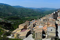 Blick auf Prizzi, Sizilien, Italien