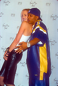 NELLY & DARYL HANNAH-CANDID-28TH AMERICAN MUSIC AWARDS-SHRINE AUDITORIUM-LOS ANGELES, CA. JAN. 8, 2001-02 {15}<br /> Photo Credit: JEFFREY MAYER:AtlasIcons.com