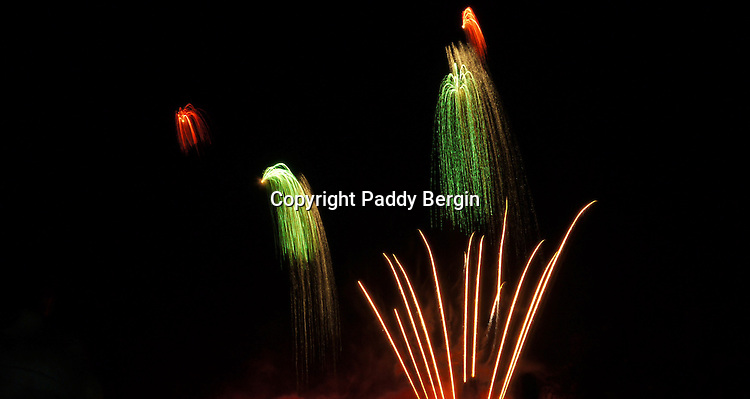 Fireworks competition, celebration, explosive, brilliant colours, stock photos by Paddy Bergin, patterns of light, painting with light,gunpowder,discovered by Chinese,Guy Fawkes,chemical explosions,celebration,houses of Parliament