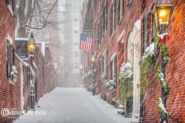 Christmas snowstorm in the Beacon Hill neighborhood, Boston, MA