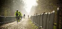 Paris-Roubaix 2012 recon..Team Farnese Vini - Selle Italia at Arenberg