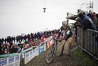 Tom Meeusen (BEL/Telenet-Fidea) dealing with the slippery, muddy slope<br /> <br /> Noordzeecross - Middelkerke 2016
