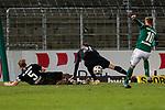 13.01.2021, xtgx, Fussball 3. Liga, VfB Luebeck - SV Waldhof Mannheim emspor, v.l. Marcel Seegert (Mannheim, 5) und Marcel Hofrath (Mannheim, 31) werfen sich in den Schuss von Yannick Deichmann (Luebeck, 10) <br /> <br /> (DFL/DFB REGULATIONS PROHIBIT ANY USE OF PHOTOGRAPHS as IMAGE SEQUENCES and/or QUASI-VIDEO)<br /> <br /> Foto © PIX-Sportfotos *** Foto ist honorarpflichtig! *** Auf Anfrage in hoeherer Qualitaet/Aufloesung. Belegexemplar erbeten. Veroeffentlichung ausschliesslich fuer journalistisch-publizistische Zwecke. For editorial use only.