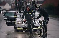 flat tire for Matthew Hayman (AUS/Mitchelton-Scott)<br /> <br /> 73rd Dwars Door Vlaanderen 2018 (1.UWT)<br /> Roeselare - Waregem (BEL): 180km