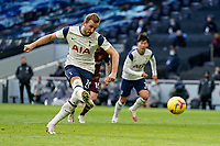 Tottenham Hotspur v Leeds United Premier League 02/01/2021. GOAL 1-0. Tottenham Hotspur forward Harry Kane 10 scores a penalty goal to make the score 1-0 during the Premier League match between Tottenham Hotspur and Leeds United at Tottenham Hotspur Stadium, London, United Kingdom on 2 January 2021. London Tottenham Hotspur Stadium London United Kingdom Editorial use only DataCo restrictions apply See www.football-dataco.com PUBLICATIONxNOTxINxUK , Copyright: xMalcolmxBrycex PSI-11562-0027 <br /> Photo Imago/Insidefoto <br /> ITALY ONLY