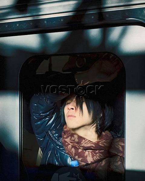 Tokyo Subway Dreams, Japan, Tokio, U-Bahn, Passagier, Fahrgaeste, Fenster, Fensterscheibe, Asien, <br /> English: Tokyo Subway Dreams, Japan, Tokyo, metro strain, passengers, window, public transport, Asia Tokyo Compression HF; <br /> <br /> (Bildtechnik: sRGB, <br /> 108.50 MByte vorhanden) <br /> <br /> Tokyo Compression <br /> <br /> VEROEFFENTLICHUNG NUR NACH Freigabe / Approval durch den Fotografen - APPROVAL NEEDED FOR EACH USAGE!<br />  ***Keine Social_Media Nutzung***