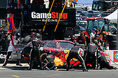 2017 NASCAR Xfinity Series<br /> My Bariatric Solutions 300<br /> Texas Motor Speedway, Fort Worth, TX USA<br /> Saturday 8 April 2017<br /> Erik Jones, Game Stop/ GAEMS Toyota Camry pit stop<br /> World Copyright: Russell LaBounty/LAT Images<br /> ref: Digital Image 17TEX1rl_3804