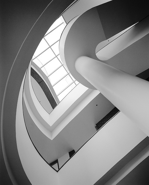 Vontz Research Center in Cincinatti, Ohio. Architect Frank Gehry
