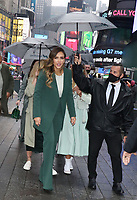 MAY 05 Jessica Alba And The Honest Company Ring The Nasdaq Opening Bell