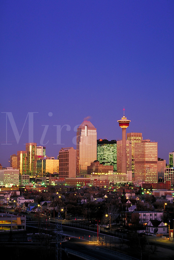 CALGARY SKYLINE LOOKING NORTHWEST. parry, city, office tower, downtown, city center. CALGARY ALBERTA CANADA CITY CENTER.