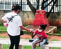 SÃO PAULO , SP,30.05.2021 : Ação Social CUFA. Central única das Favelas (CUFA ) realiza ação social na manhã deste domingo (30), no bairro de Perus zona noroeste da cidade de São Paulo SP. Na ação foram distribuídas 50 cestas básicas para auxiliar famílias em meio a pandemia.