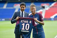 Nasser Al-Khelaifi et Neymar - Conférence de presse de Neymar pour son arrivée au PSG. Paris, France, 04.08.2017. # CONFERENCE DE PRESSE DE NEYMAR POUR SON ARRIVEE AU PSG
