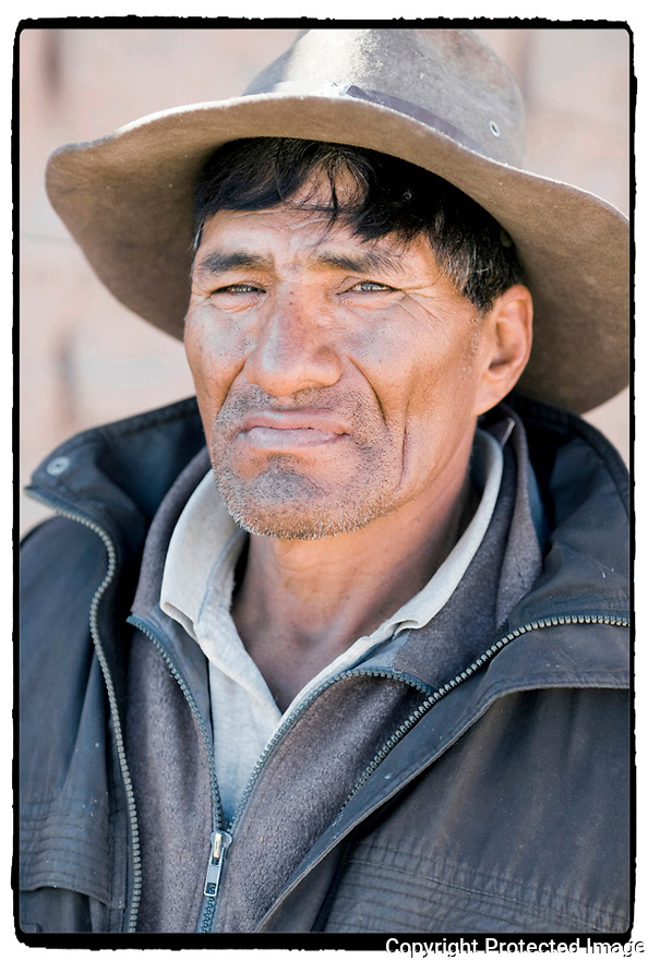 - Bolivie- Sur la route de Huari.