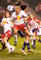 New York Red Bulls veteran Chris Henderson heads a ball during play resulting in  a 0-0 tie between the Chivas USA vs New York Red Bulls in a game at The Depot Center in Carson, California Saturday, April, 29, 2006.