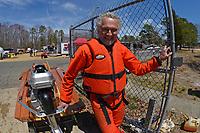George Bressler, 522-P       (Outboard Hydroplanes)