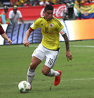 BARRANQUILLA -COLOMBIA, 1-SEPTIEMBRE-2016. James Rodriguez jugador de Colombia en acción contra   Venezuela durante el  encuentro  por las eliminatorias al mundial de Rusia 2018  disputado en el estadio Metropolitano Roberto Meléndez de Barranquilla./  James Rodriguez player of Colombia in actions against Venezuela during the qualifying match for the 2018 World Championship in Russia Metropolitano Roberto Melendez stadium in Barranquilla . Photo:VizzorImage / Felipe Caicedo  / Staff