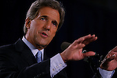Cincinnati, Ohio.USA.September 8, 2004..Democratic Presidential hopeful Senator John Kerry speaks to a crowd at the Cincinnati Museum Center on the mistakes President Bush has made on the war in Iraq.