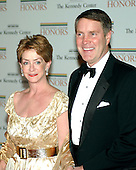Washington, D.C. - December 2, 2006 -- United States Senator Bill Frist (Republican of Tennessee) and his wife, Karyn, arrive for the State Department Dinner for the 29th Kennedy Center Honors dinner at the Department of State in Washington, D.C. on Saturday evening, December 2, 2006.  Andrew Lloyd Webber, Zubin Mehta, Dolly Parton, Smokey Robinson and Stephen Spielberg are being honored in 2006 for their contribution to American culture..Credit: Ron Sachs / CNP