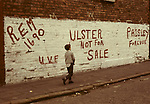 "The Troubles Wall painting mural Belfast ""Remember 1690, UVF Ulster Volunteer Force, Ulster Not For Sale, Paisley for Ever."" Northern Ireland 1970s UK"