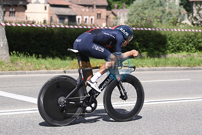 Egan Bernal (COL) Ineos Grenadiers recces the route during Stage 1 of the 2021 Giro d'Italia, and individual time trial running 8.6km around Turin, Italy. 8th May 2021.  <br /> Picture: LaPresse/Fabio Ferrari | Cyclefile<br /> <br /> All photos usage must carry mandatory copyright credit (© Cyclefile | LaPresse/Fabio Ferrari)