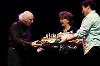 Gilles Vigneault<br />  f?te son anniversaire sur scZne/ Olympia / 26-10-2009 / photo: Rabany / DALLE