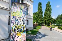 Rest der Berliner Mauer vor der Villa Schöningen, Museum und Galerie, Potsdam, Brandenburg, Deutschland