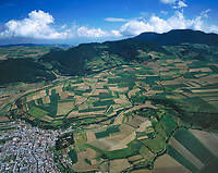 aerial photograph of farming in the Toluca valley, southwest of Mexico City | fotografía aérea de la agricultura en el valle de Toluca, al suroeste de la Ciudad de México