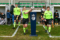 assistant referee Michele Seeldrayers , referee Irmgard Van Meirevenne , assistant referee Ella De Vries pictured before a female soccer game between Eendracht Aalst and OHL on the 13 th matchday of the 2020 - 2021 season of Belgian Scooore Womens Super League , Saturday 6 th of February 2021  in Aalst , Belgium . PHOTO SPORTPIX.BE   SPP   STIJN AUDOOREN