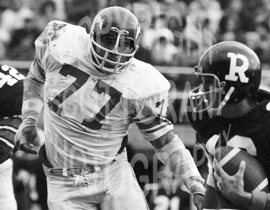 John Helton Calgary Stampeders defensive lineman 1972. Copyright photograph Scott Grant