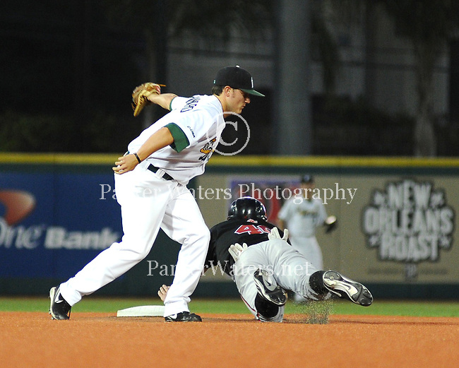The Tulane Green Wave Baseball teams drop a 4-3 decision to UNLV in the first of a three game series at Turchin Stadium.