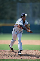 Detroit Tigers pitcher Angel De Jesus (22) delivers a pitch during a Florida Instructional League game against the Pittsburgh Pirates on October 2, 2018 at the Pirate City in Bradenton, Florida. (Mike Janes/Four Seam Images)