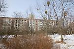 Pripyat, Chernobyl contaminated territories, Ukraine. Town for workers and their families llocated 5 km from the reactor. 45  0000 inhabitants were evacuated April 27, 1986. Since this date, it's a dead town..Pripyat, territoires contaminés de Tchernobyl, Ukraine. située à 5 km du réacteur cette ville qui herbergeait 45 0000 habitants (les travailleurs de la centrale et leurs familles) a été evacuée le 27 avril 1986.