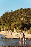 Australien, Queensland, Fraser Island, groesste Sandinsel der Welt, reisen, UNESCO Weltnaturerbe, Insel, Sand, Strand, sandstrand, 10/2014<br />engl.: Australia, Queensland, Fraser Island, world heritage listing, world´s largest sand island, travel, beach, sandy beach, 10/2014
