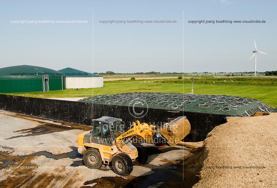 GERMANY Biogas plant at Pellworm Northsea island / DEUTSCHLAND , <br /> Envitec Biogasanlage mit Blockheizkraftwerk BHKW zur Stromerzeugung und Waermeerzeugung auf Nordseeinsel Pellworm , Vergaerung von Mais und Rinderguelle, Lagerung von Mais Substrat