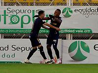 BOGOTA - COLOMBIA, 21-11-2020: Jhon Vasquez de Deportivo Cali, celebra con Agustin Palavecino el gol anotado a La Equidad, durante partido entre La Equidad y Deportivo Cali, de los Cuartos de Final Ida por la Liga BetPlay DIMAYOR 2020, jugado en el estadio Metropolitano de Techo en la ciudad de Bogota.  / Jhon Vasquez of Deportivo Cali, celebrates with Agustin Palavecino the scored goal to La Equidad, during a match between La Equidad and Deportivo Cali, of the Quarterfinal First leg for BetPlay DIMAYOR League 2020 at the Metropolitano de Techo stadium in Bogota city. / Photo: VizzorImage  / Samuel Norato / Cont.