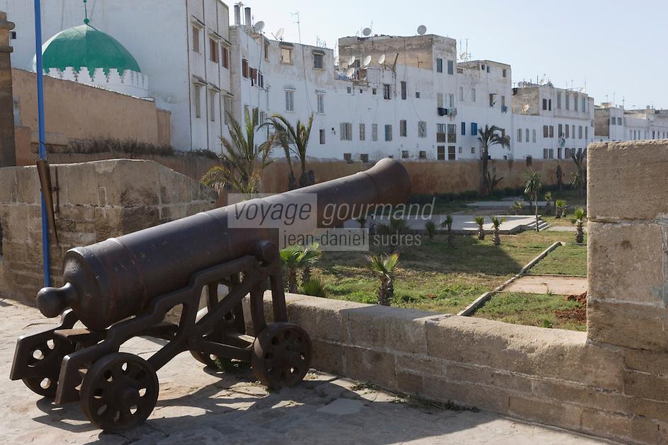Afrique/Afrique du Nord/Maroc /Casablanca:la Sqala - la citadelle et ses canons - bastion fortifié du 18 e-vestige du règne du sultan Mohammed Ben abdallah