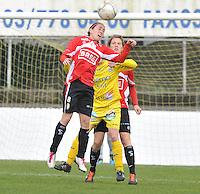 1/2 Halve finale Beker van Belgie ; Waasland Beveren Sinaai Girls - Standard Femina de Liege : Audrey Demoustier wint het kopduel..foto DAVID CATRY / Vrouwenteam.be