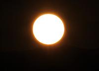 BOGOTA-COLOMBIA-14-02-2013 . Salida  del sol en Bogotá . Sunrise in Bogotá..( Photo / VizzorImage / Felipe Caicedo / Staff).