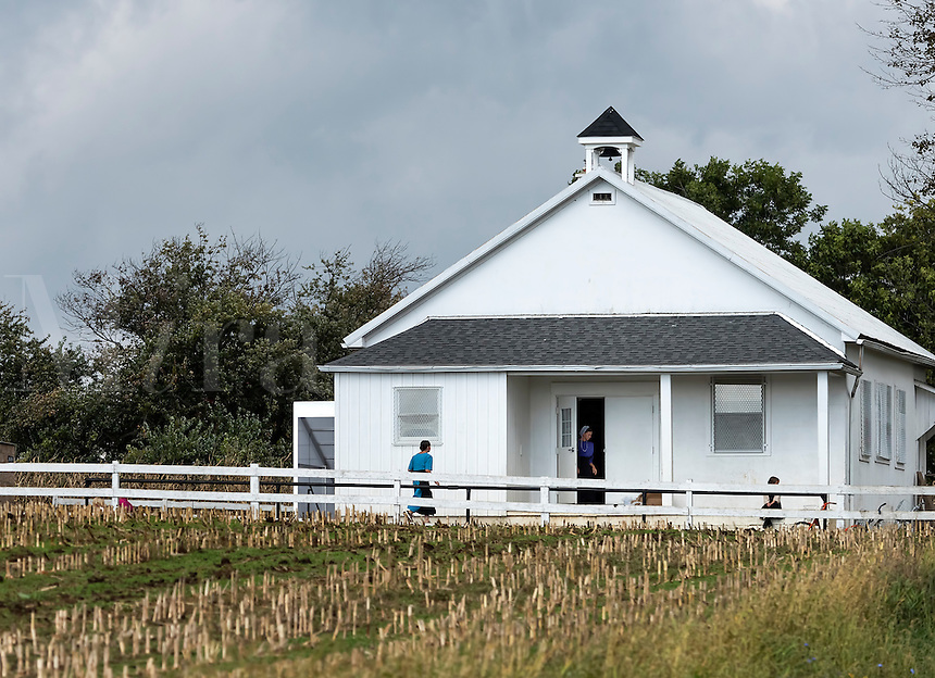 Amish one room school house, Gordonville, Lancaster, Pennsylvania, USA