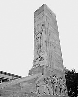 Erected in Memory of the Heroes who sacrificed their lives at the Alamo, March 6, 1836.<br /> A plaque marks the spot where the bodies of the defenders were burned. (Heroes of the Alamo Centaph - San Antonio, Texas)