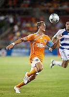Houston Dynamo midfielder Stuart Holden (22).  Houston Dynamo defeated FC Dallas 1-0 at Robertson Stadium in Houston, TX on May 9, 2009