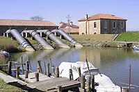 - Delta del fiume Po, idrovora Sadocca a Porto Viro<br /> <br /> - Po River Delta, Sadocca draining pump in Porto Viro