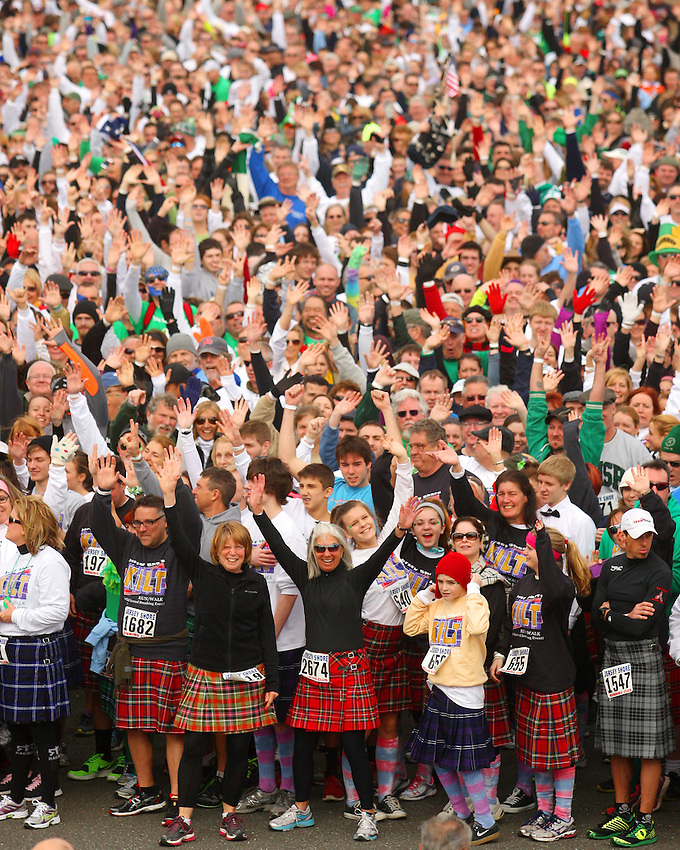 The crowd of more than 3,000 participants swells at the starting line to begin the world-record Jersey Shore Kilt Run at the Manasquan beachfront on Sat., March, 22, 2014.