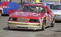 Bill Elliott 9 Ford Thuderbird on grid pre race Daytona 500 at Daytona International Speedway in Daytona Beach, FL in February 1986. (Photo by Brian Cleary/www.bcpix.com) Daytona 500, Daytona International Speedway, Daytona Beach, FL, February 16, 1986.  (Photo by Brian Cleary/www.bcpix.com)