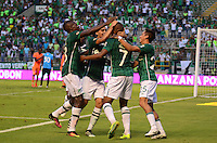 PALMIRA -COLOMBIA-05-11-2016. Harold Preciado (#7) jugador del Deportivo Cali celebra después de anotar un gol a Envigado FC durante partido por la fecha 19 de la Liga Aguila II 2016 jugado en el estadio Palmaseca de la ciudad de Palmira./ Harold Preciado (#7) player of Deportivo Cali celebrates after scoring a goal to Envigado FC during match for the date 19 of the Aguila League II 2016 played at Palmaseca stadium in Palmira city.  Photo: VizzorImage/ NR /Cont