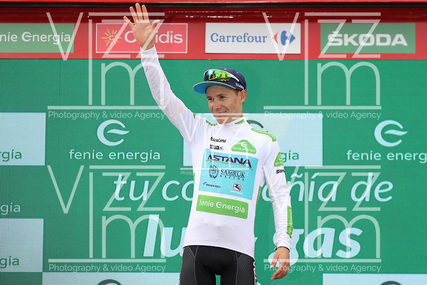 ESPAÑA, 12-09-2019: Miguel Angel Lopez (COL - ASTANA) celebra con la camiseta blanca como líder como mejor joven después de la etapa 18, hoy, 12 de septiembre de 2019, que se corrió entre Comunidad de Madrid. Colmenar Viejo y Becerril de la Sierra con una distancia de 177,5 km como parte de La Vuelta a España 2019 que se disputa entre el 24/08 y el 15/09/2019 en territorio español. / Miguel Angel Lopez (COL - ASTANA) celebrates with the white best young rider jersey after stage 18 today, September 12, 2019, from Comunidad de Madrid. Colmenar Viejo to Becerril de la Sierra with a distance of 177,5 km as part of Tour of Spain 2019 which takes place between 08/24 and 09/15/2019 in Spain.  Photo: VizzorImage / Luis Angel Gomez / ASO<br /> VizzorImage PROVIDES THE ACCESS TO THIS PHOTOGRAPH ONLY AS A PRESS AND EDITORIAL SERVICE AND NOT IS THE OWNER OF COPYRIGHT; ANOTHER USE HAVE ADDITIONAL PERMITS AND IS  REPONSABILITY OF THE END USER