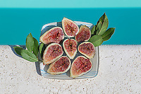 Series of images of fresh figs taken during my holiday in Italy.