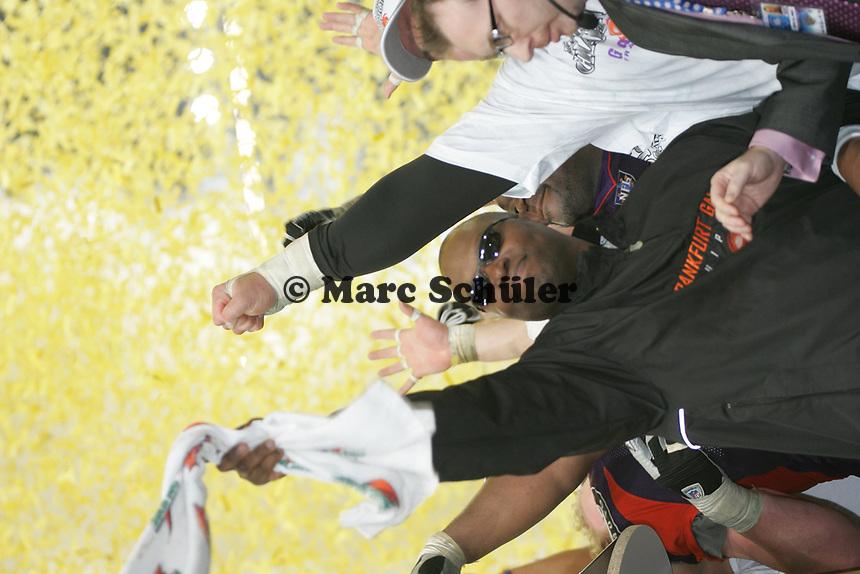Head Coach Mike Jones (FRankfurt Galaxy) jubelt