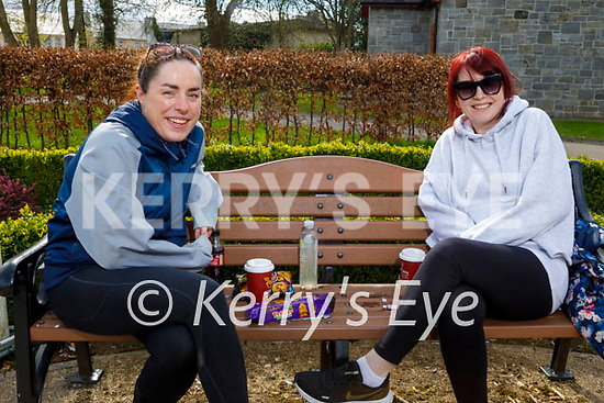 Enjoying a relaxing chat in the Listowel town park on Saturday, l to r: Sarah Hennessy and Tracey Costello.